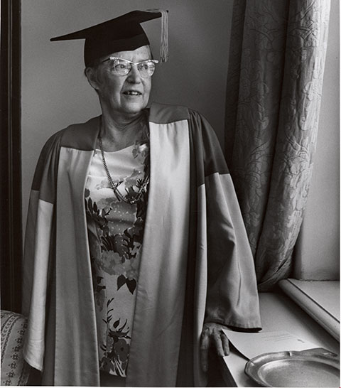 Taken on the occasion of alumna Elsie MacGill receiving an honorary degree from U of T in 1973. (Photo: University of Toronto Archives and Records Management Services 2008-58-2MS)