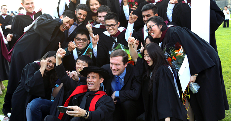 A group of U of T Engineering graduates at convocation