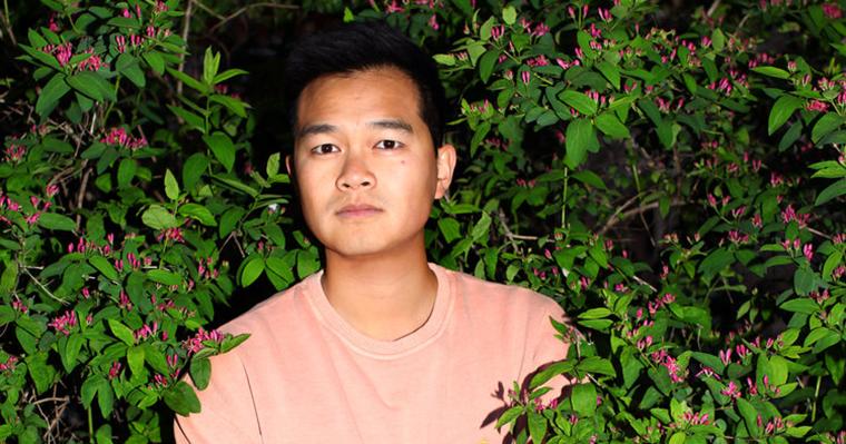 Jonny Sun the aliebn in bushes