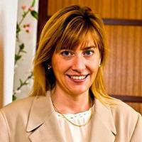Debbie De Lange head shot