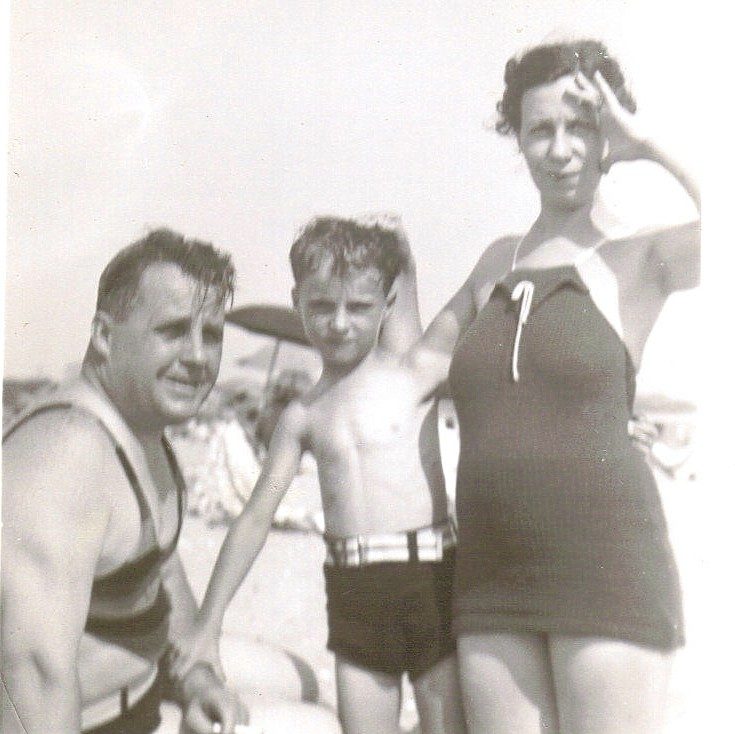 DAD AND HIS PARENTS